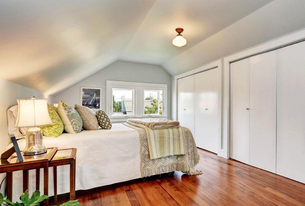 Prelijepi stan u potkrovlju uređen u skandinavskom stilu