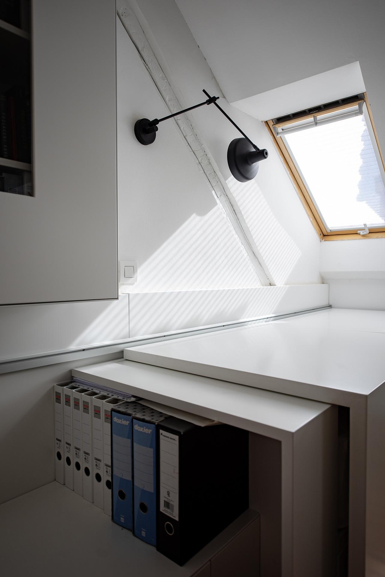 Krovni prozori i sjenila za prirodnu svjetlost u potkrovlju